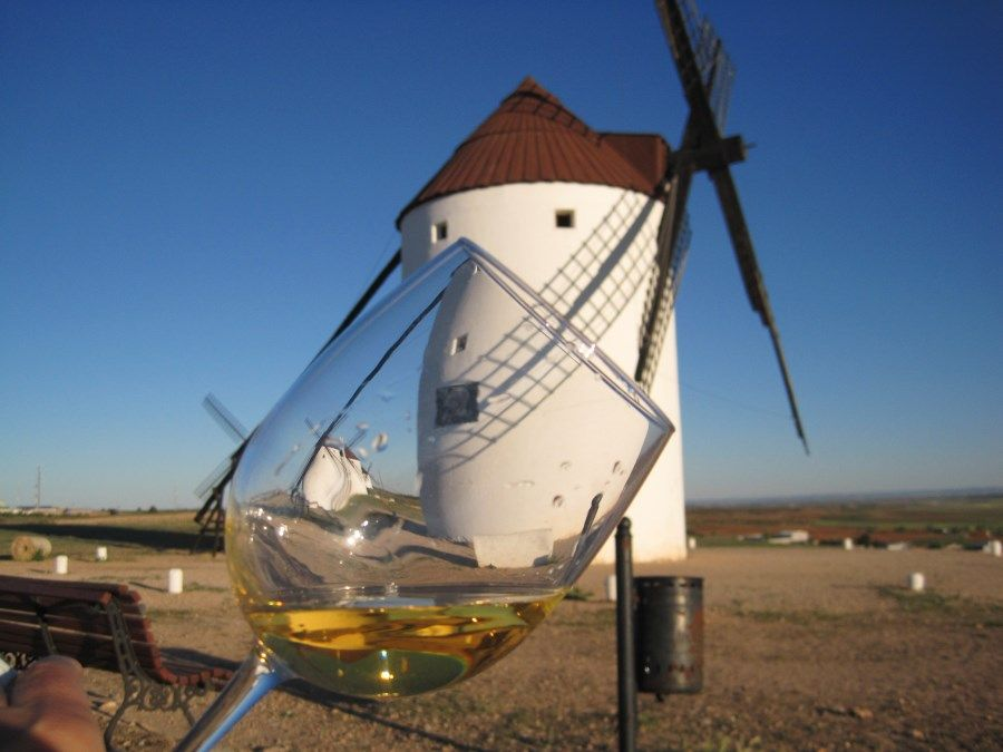 On the windmills ol La Mota del Cuervo