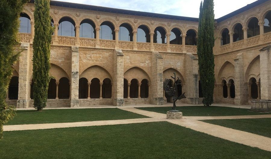 Monasterio de Valbuena, a beautiful abbey in the middle of Ribera del Duero