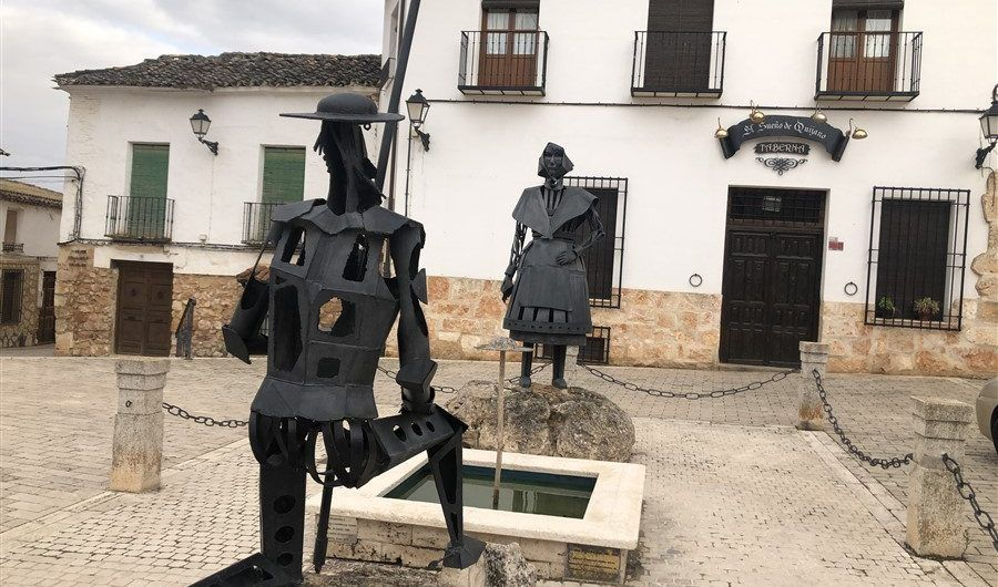 Don Quijote loves Dulcinea