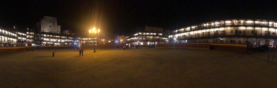 plaza de toros de Chinchón por la noche