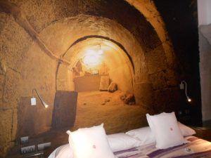 underground caves in Aranda de Duero